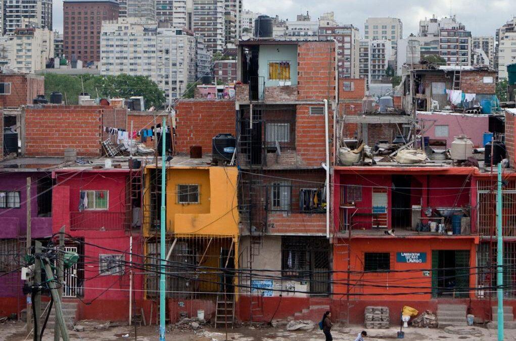 El Gobierno porteño deberá garantizar el acceso a internet a estudiantes de barrios vulnerables