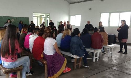 Mujeres detenidas se capacitan en cuestiones de salud