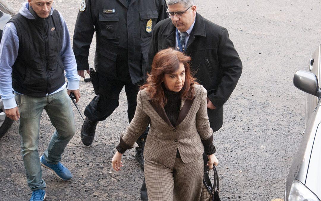 Mega causa cuadernos: hay 15 detenidos, 11 liberados, 15 arrepentidos y 2 con orden de captura