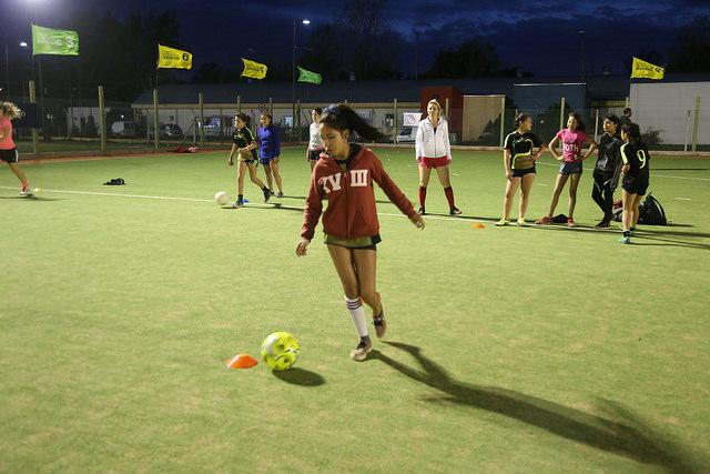 Clínica de fútbol femenino en San Isidro