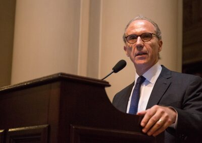 """Rosenkrantz: """"La emergencia no puede ser concebida como una franquicia para violar la Constitución"""""""