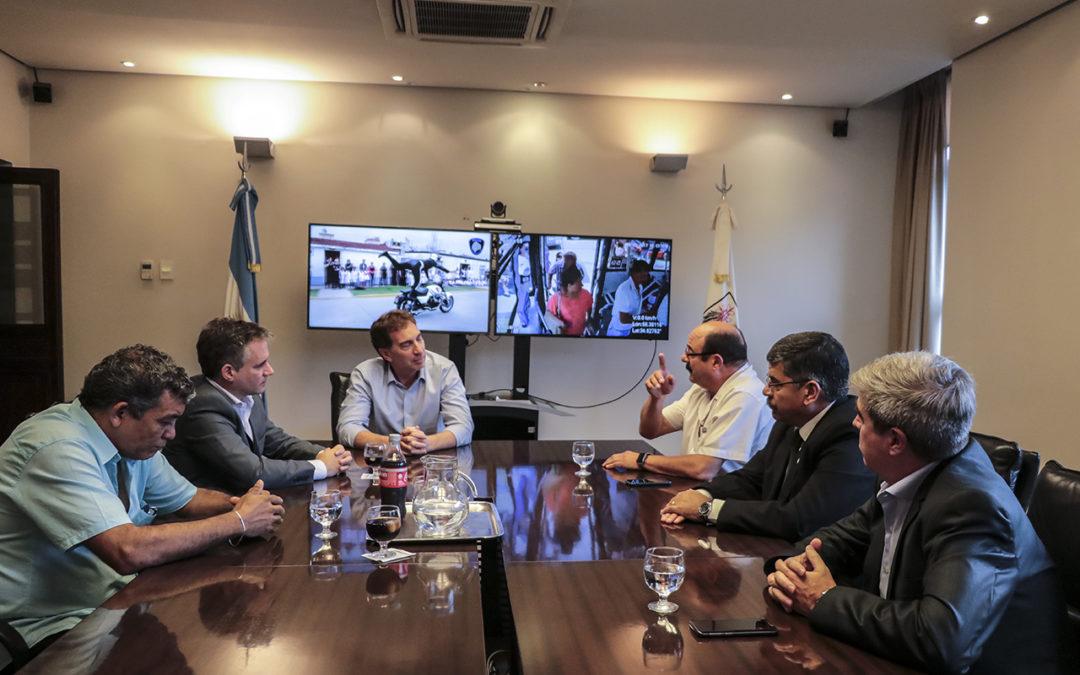 Malvinas: Santilli recibió a ex combatientes