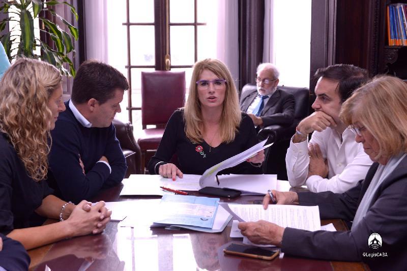 Avanza proyecto del patrocinio jurídico porteño