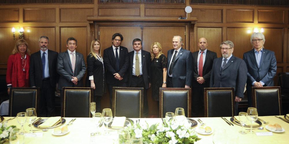 Reunión protocolar del Gobierno y los jueces