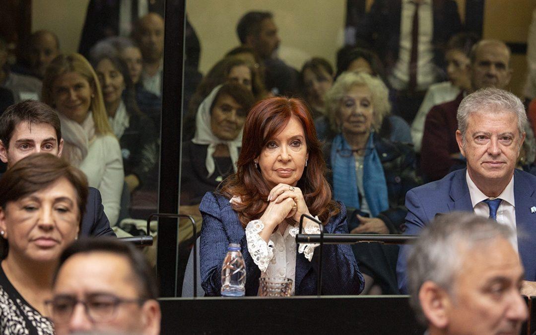 Cristina Kirchner acusada por un fraude de 46 mil millones de pesos