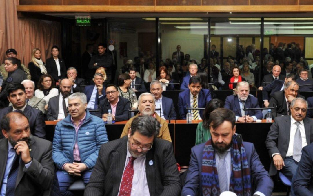 """Juicio a Cristina: la defensa planteó que es una """"persecución infundada"""""""
