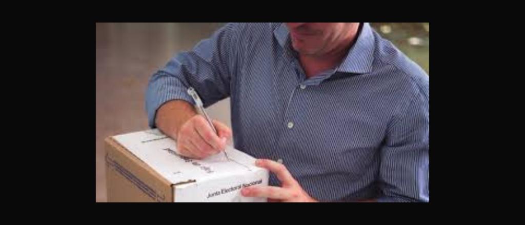 """Reverso: El uso de lapiceras de colores en los sobres de votación puede """"individualizar al elector"""" y eso representa un delito"""