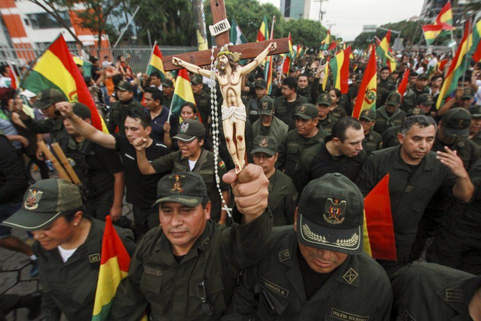 La organización para alterar el orden constitucional se llama golpe de Estado
