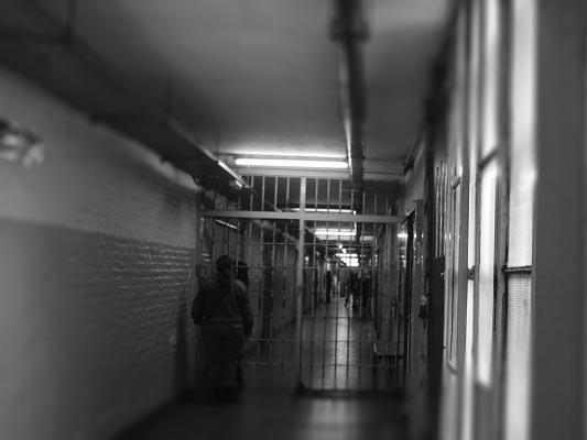 Cárceles federales: piden protocolos de salud para evitar un brote descontrolado