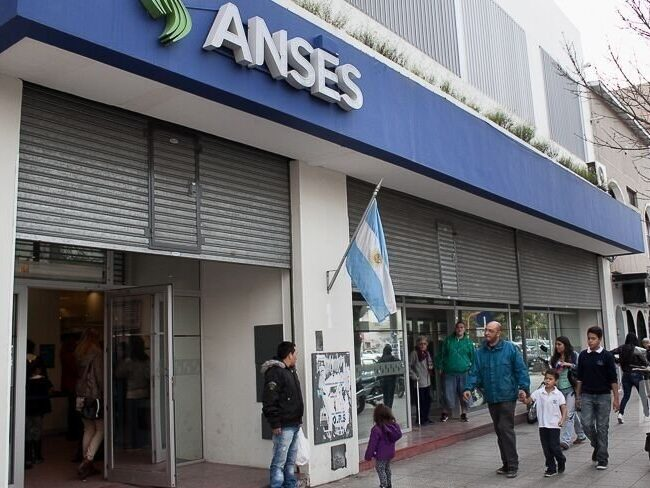 Mar del Plata: juicio oral para 13 personas por tramitar jubilaciones truchas