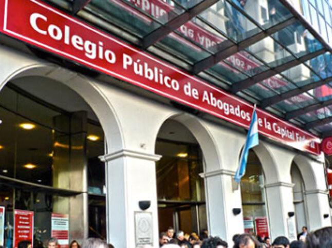 El Gobierno de la Ciudad deberá expedirse sobre el pedido de los abogados para concurrir a los estudios jurídicos