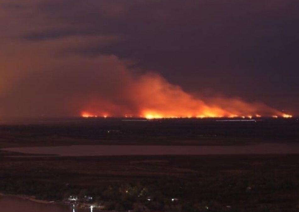 """La Corte Suprema ordenó constituir un """"Comité de Emergencia Ambiental"""" para controlar los incendios en el Delta del Paraná"""