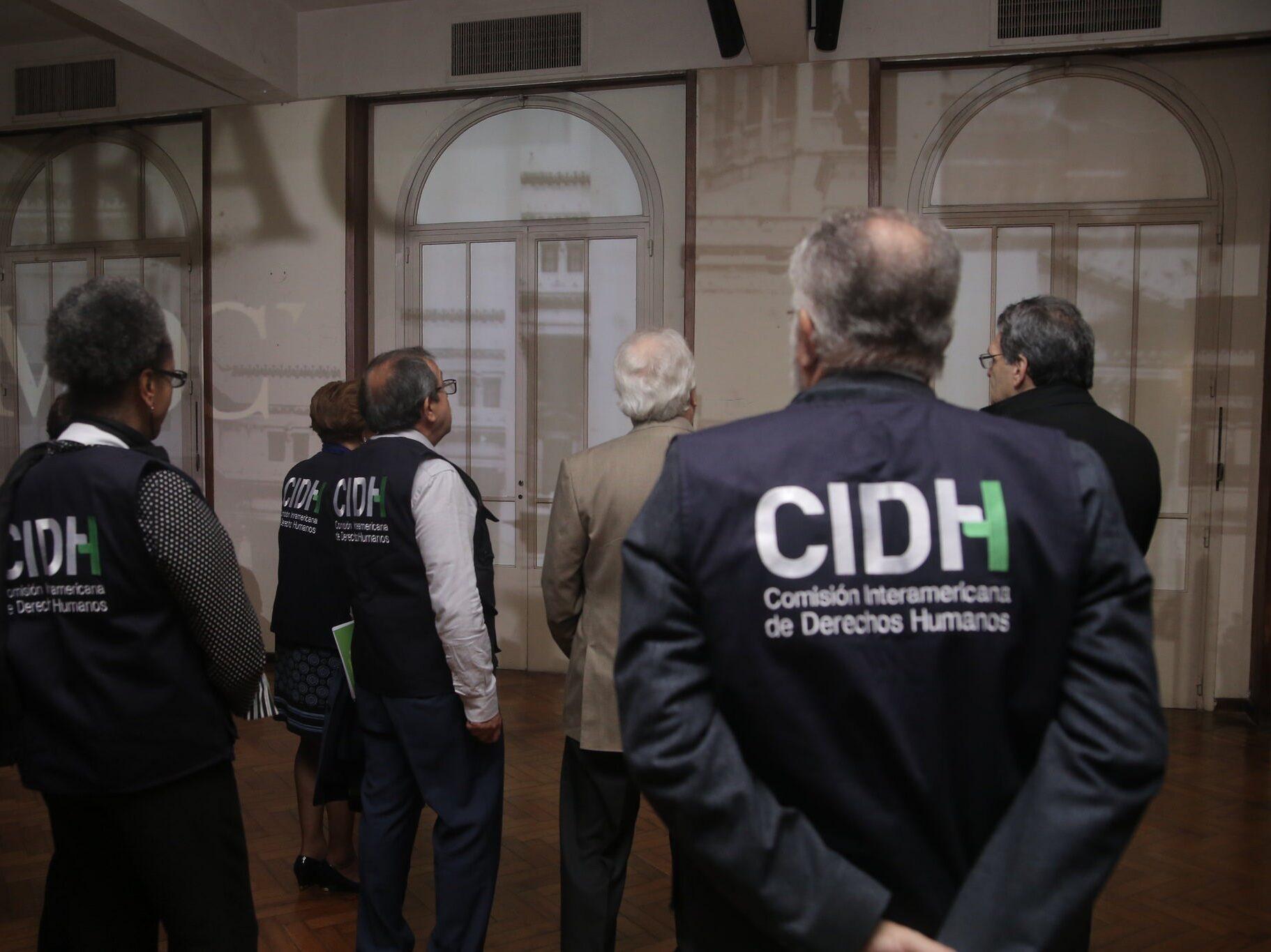 La CIDH condenó la muerte de mujeres detenidas por un incendio en Tucumán