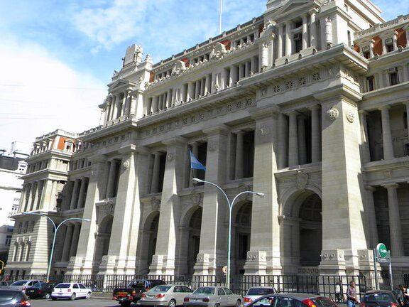 Los abogados reclaman ante la Corte la vuelta a la presencialidad plena y sin turnos