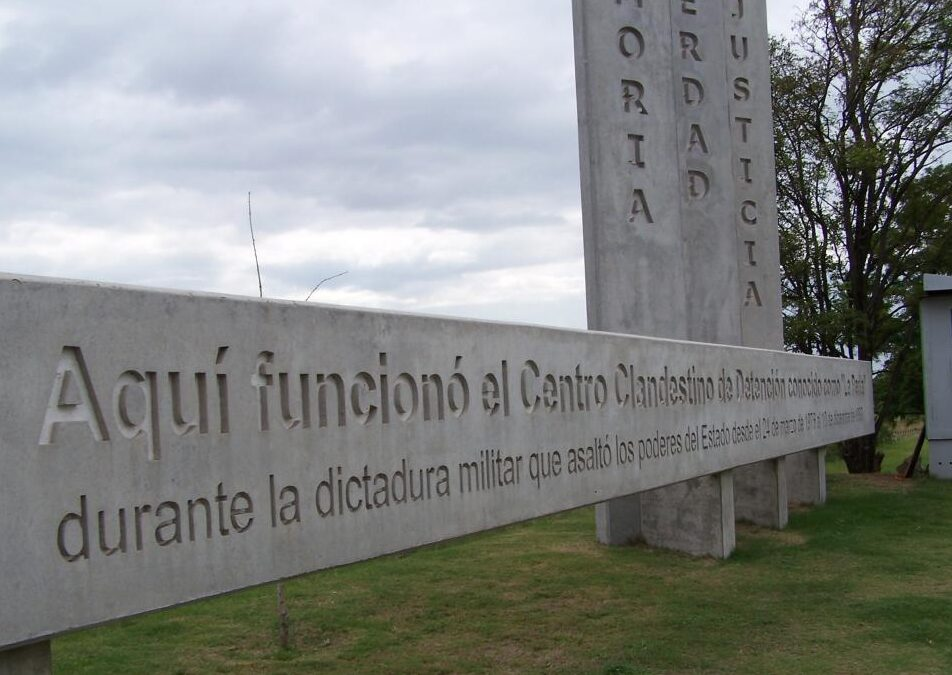 "Córdoba: ocho condenas a cadena perpetua en la causa ""La Perla"""