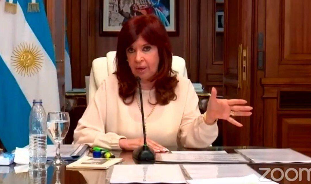"""Cristina Kirchner durísima contra la Corte: """"Los golpes contra las instituciones, ya no son como antaño"""""""