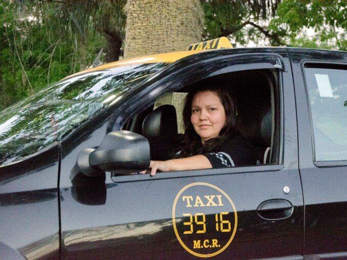 """¿Cómo fue la batalla judicial para que la app """"She Taxi"""" ya funcione en Buenos Aires?"""