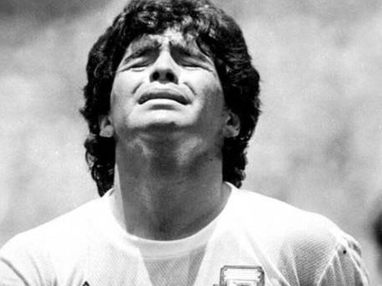 """Maradona: piden cambio de carátula a """"abandono de persona y homicidio simple con dolo eventual"""""""