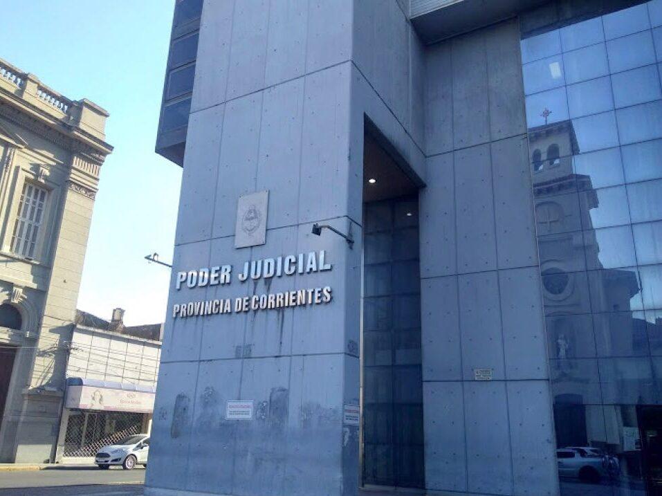 Confirman condena a un abogado que modificó con 'liquid paper' una cédula