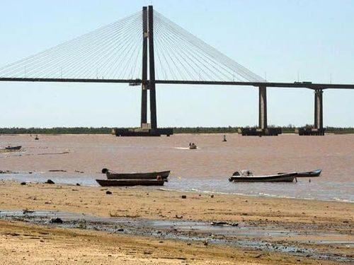 ¿Qué dice el DNU que declaró la emergencia hídrica en el río Paraná?